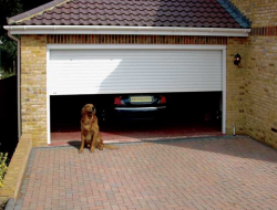 https://www.upandoverdoorsltd.co.uk/garage-doors/garage-doors-swindon/